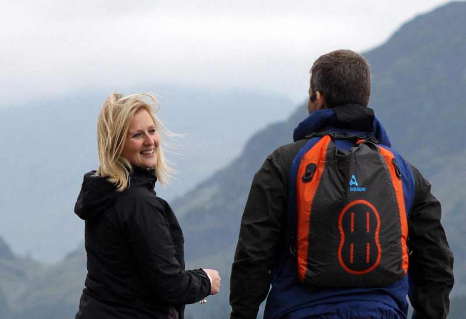 Водонепроницаемая сумка Aquapac 025 - Stormproof Padded Dry Bag.. Aquapac - №1 в мире водонепроницаемых чехлов и сумок. Фото 2