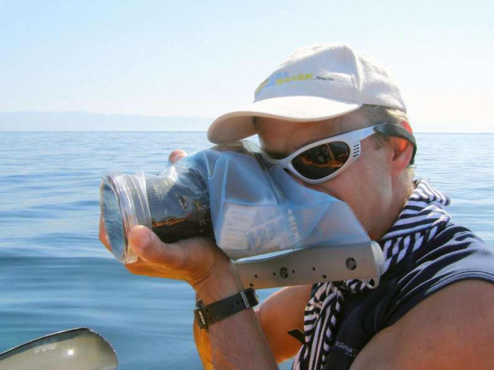 Водонепроницаемый чехол для фотоаппарата - Aquapac 458. Aquapac - №1 в мире водонепроницаемых чехлов и сумок. Фото 1