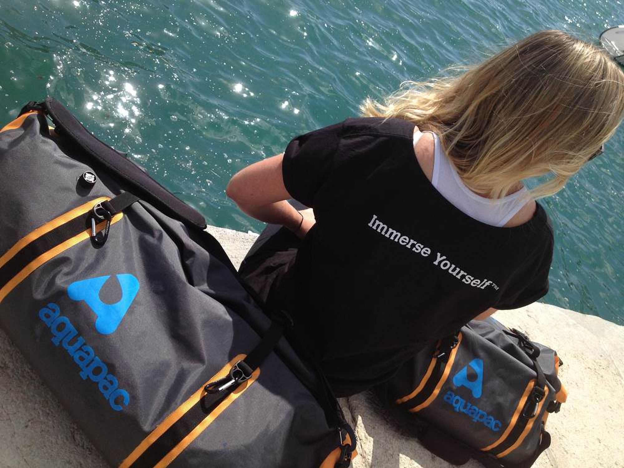 Водонепроницаемая сумка-рюкзак Aquapac 705 - Upano Waterproof Duffel - 90L.. Aquapac - №1 в мире водонепроницаемых чехлов и сумок. Фото 11