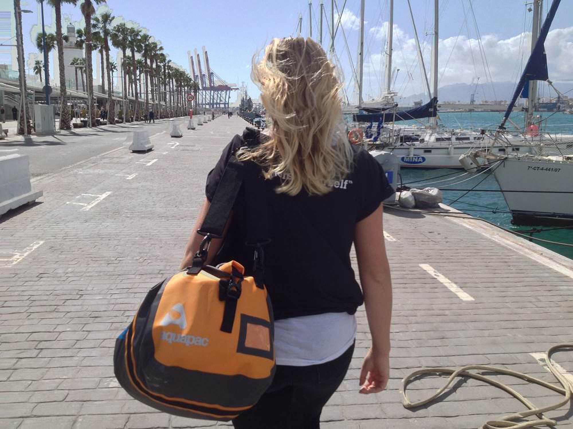 Водонепроницаемая сумка-рюкзак Aquapac 705 - Upano Waterproof Duffel - 90L.. Aquapac - №1 в мире водонепроницаемых чехлов и сумок. Фото 12