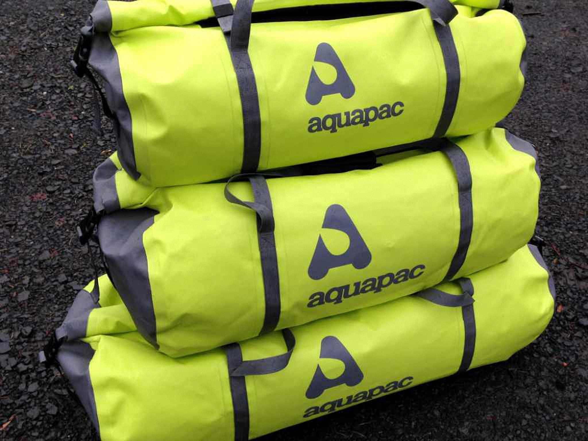 Водонепроницаемая сумка Aquapac 725 - TrailProof Duffels - 90L.. Aquapac - №1 в мире водонепроницаемых чехлов и сумок. Фото 2