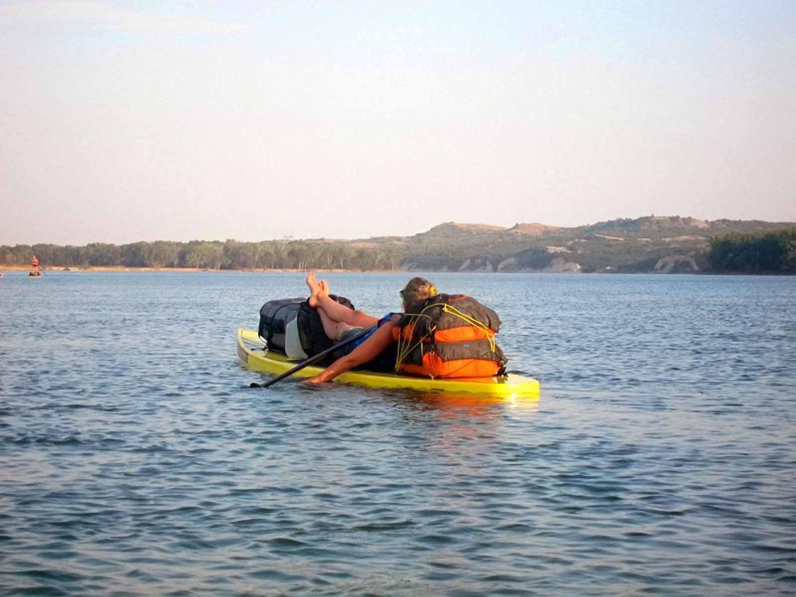 Водонепроницаемый  гермомешок-рюкзак (с двумя плечевыми ремнями) Aquapac 755 - Noatak Wet & Drybag - 35L.. Aquapac - №1 в мире водонепроницаемых чехлов и сумок. Фото 3