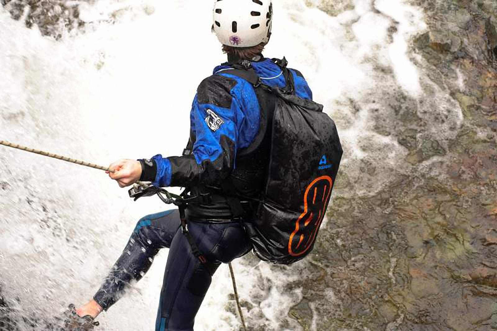 Водонепроницаемый  гермомешок-рюкзак (с двумя плечевыми ремнями) Aquapac 755 - Noatak Wet & Drybag - 35L.. Aquapac - №1 в мире водонепроницаемых чехлов и сумок. Фото 5