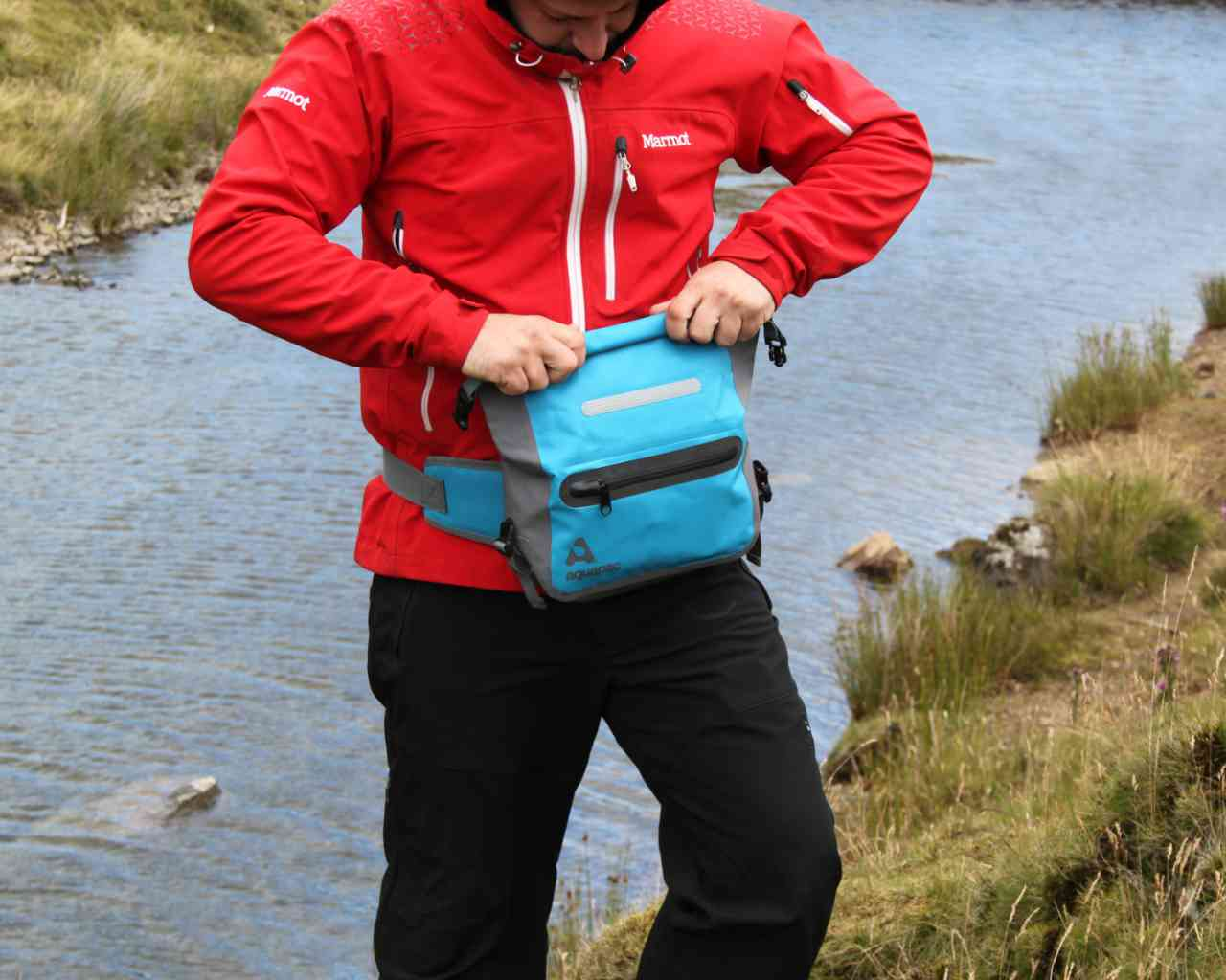 Водонепроницаемый чехол для документов - Aquapac 822. Aquapac - №1 в мире водонепроницаемых чехлов и сумок. Фото 6