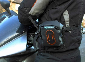 Водонепроницаемый чехол для фотоаппарата - Aquapac 020. Aquapac - №1 в мире водонепроницаемых чехлов и сумок. Фото 5