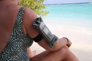Водонепроницаемый чехол для телефона - Aquapac 210. Aquapac - №1 в мире водонепроницаемых чехлов и сумок. Фото 1