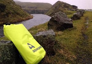 Водонепроницаемый гермомешок Aquapac 715 - TrailProof  Drybags - 25L.. Aquapac - №1 в мире водонепроницаемых чехлов и сумок. Фото 4
