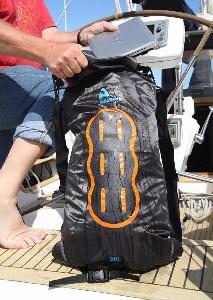 Водонепроницаемый гермомешок-рюкзак (с двумя плечевыми ремнями) Aquapac 778 - Noatak Wet & Drybag - 25L.. Aquapac - №1 в мире водонепроницаемых чехлов и сумок. Фото 7