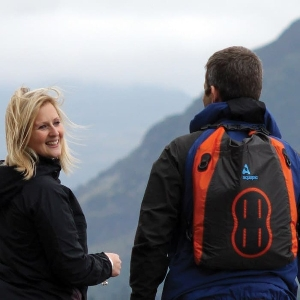 Водонепроницаемая сумка - рюкзак (с двумя плечевыми ремнями) Aquapac 025 - Stormproof Padded Dry Bag (Grey)